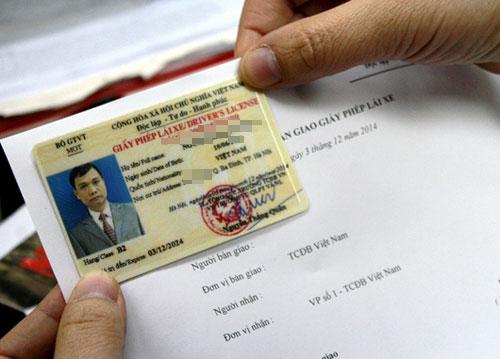 Từ ngày 15/2, đổi giấy phép lái xe sẽ không cần phải khám sức khoẻ. Ảnh minh hoạ: Bá Đô