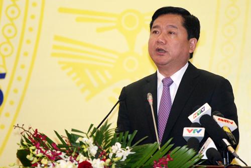 Bộ trưởng Đinh La Thăng phát biểu tại cuộc họp tổng kết. Ảnh: Bá Đô.