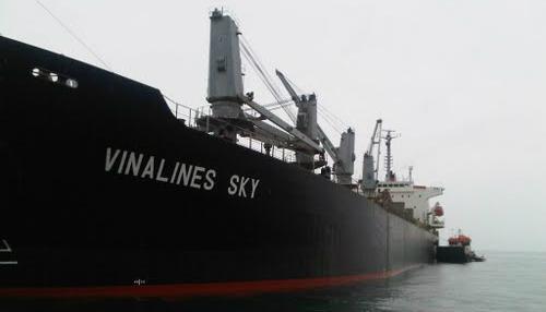 Tàu Vinalines Sky là tải sản đảm bảo cho khoản nợ của Vinalines tại Vietcombank